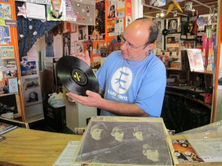 Stephen at Mabu Vinyl