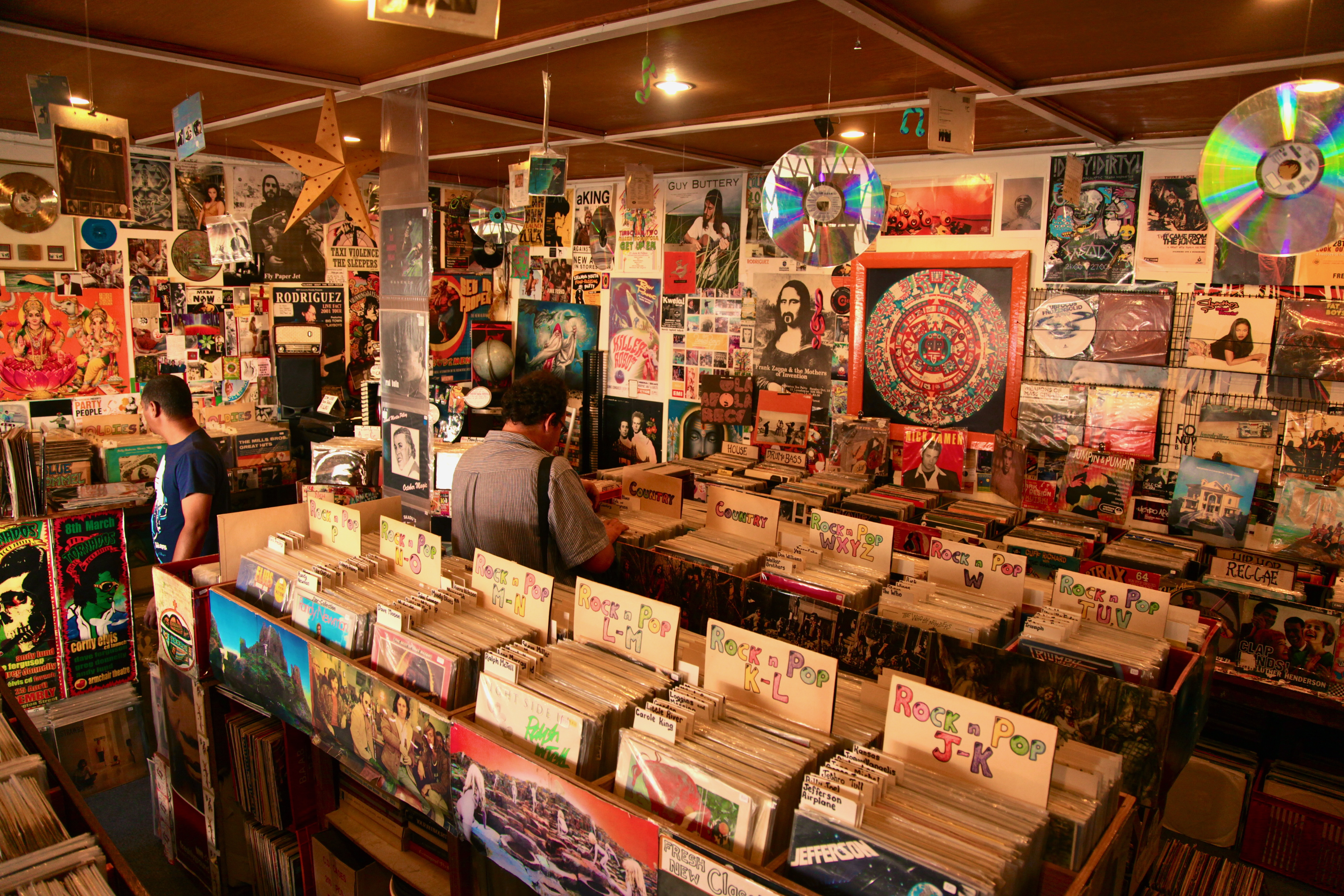 27 Breathtaking Record Stores You Have To Shop At Before